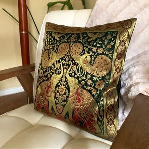 Other - Handmade Hollywood Golden Age Throw Pillow